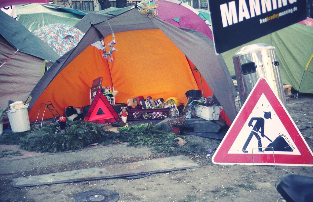 Installation-Occupy-Camp-Frankfurt