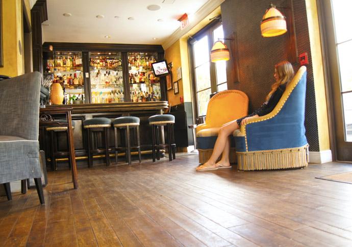 Bar-hotel-Miami-Beach