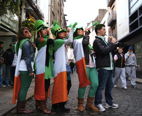 St.Patricksday-Outfit-Gruppe