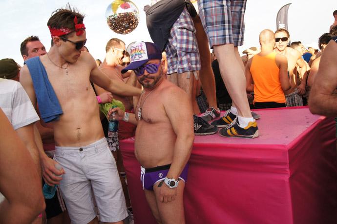 Winter-Festival-Party-Miami-guys