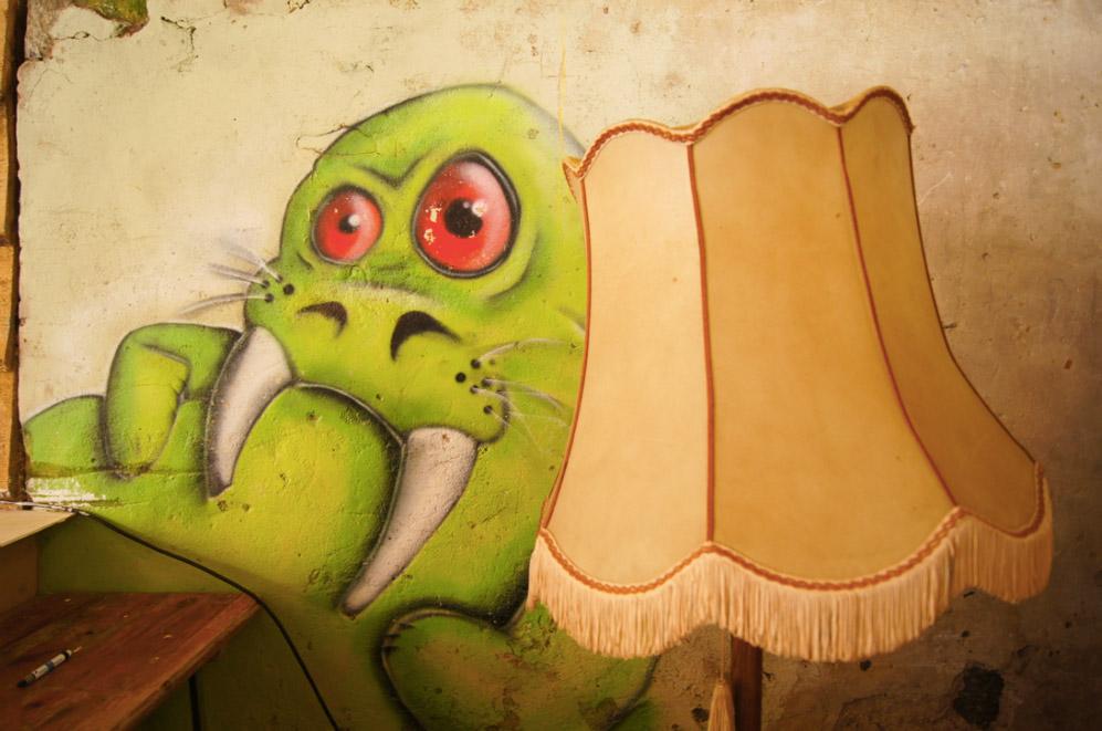 Monster-Lampe