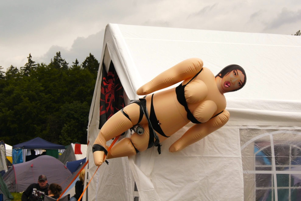 Rock-am-Ring-Gummipuppe