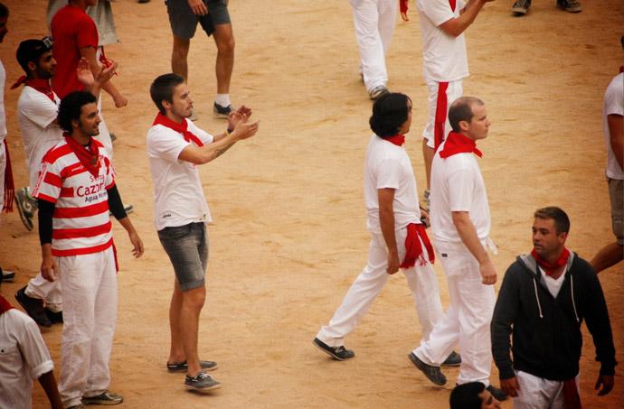Running-of-the-bull-2012-pamplona