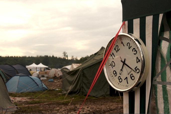 Uhr-im-Zelt