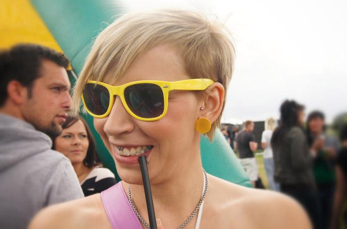 Ray-Ban-Sonnenbrille-gelb