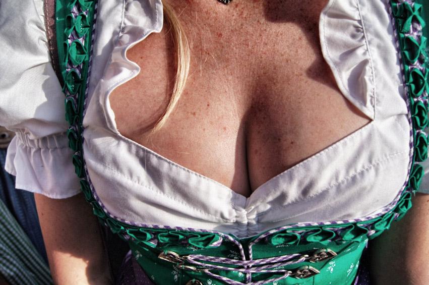 Brüste-Oktoberfest