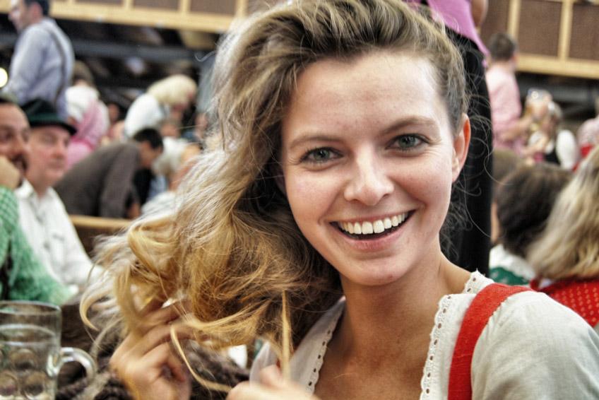 Oktoberfest-Christine-Neder