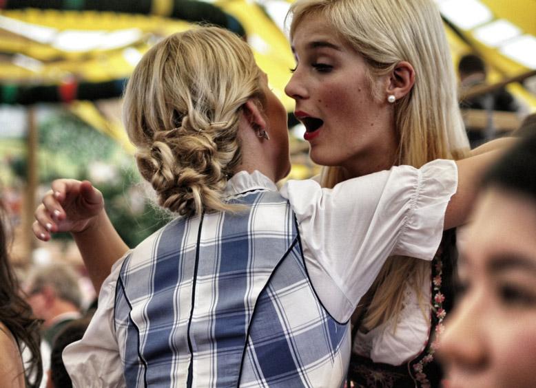 Oktoberfest-zelt-2012