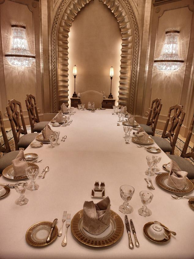 7-Sterne-Essen-Emirat-Palace-Abu Dhabi