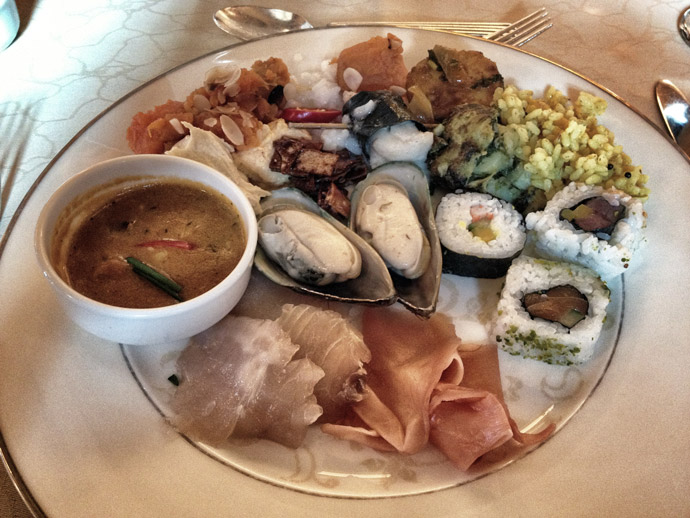 Hummus-und-Sushi