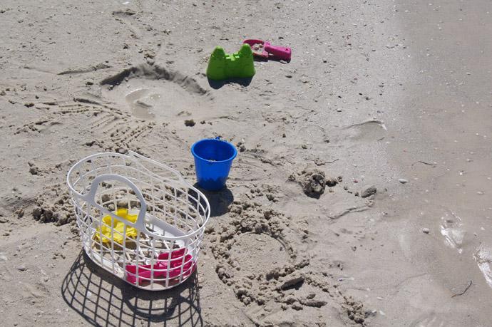 Sandspielzeug-am-Meer