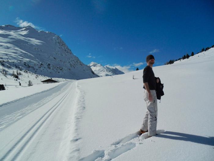 Spuren-im-Schnee-nikons800c