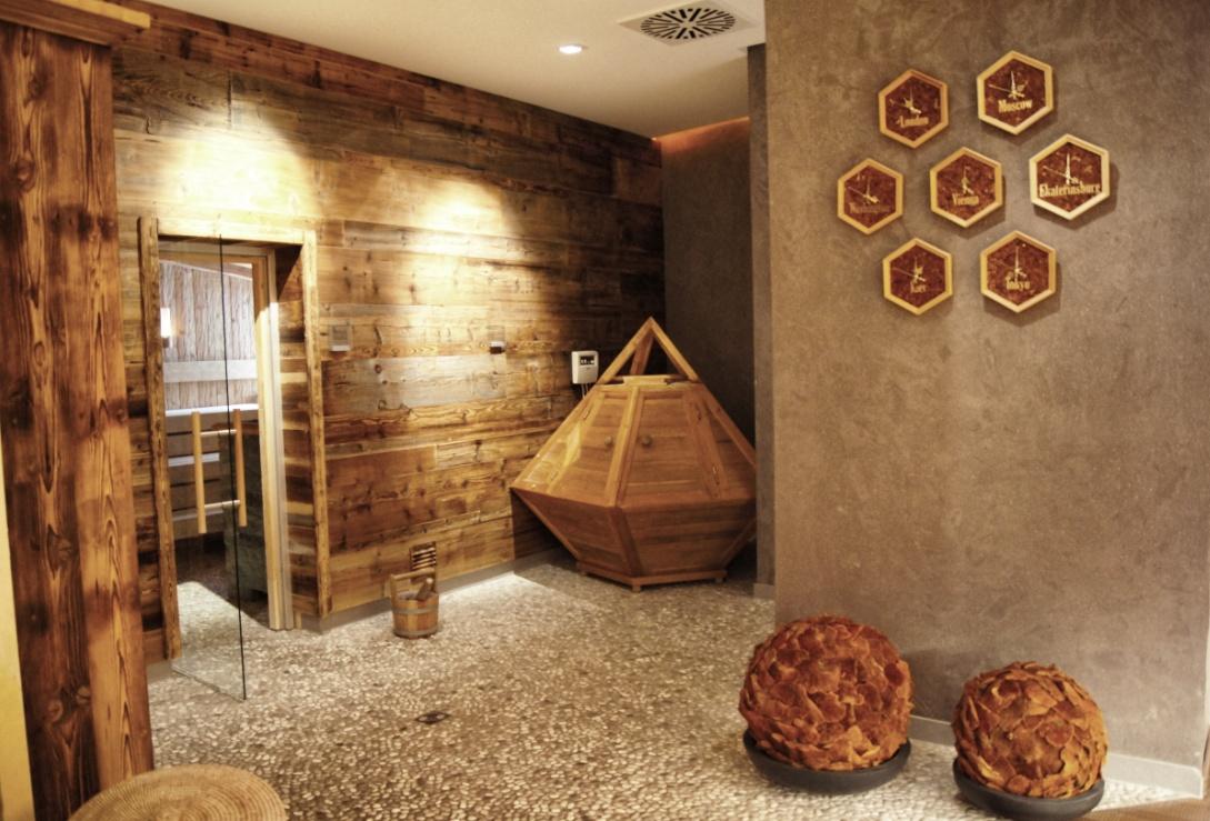 Spabereich-Spa-Hotel-Zedern-klang-Osttirol