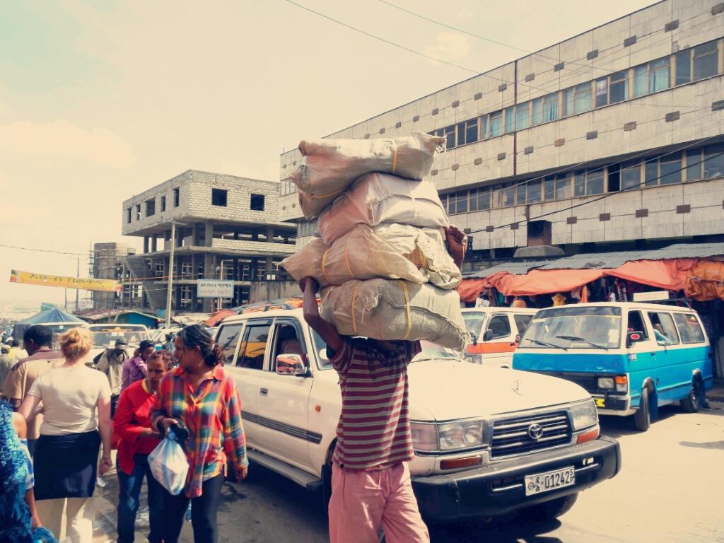 Addis-Abeba-Äthiopien-Mercato
