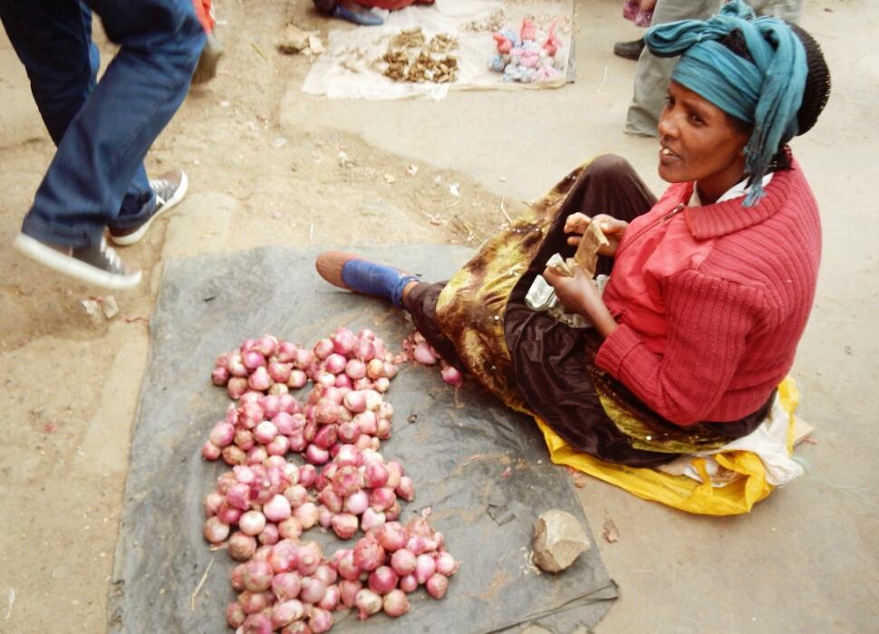 Marktfrau-Mercato-Addis-Abeba-Äthiopien
