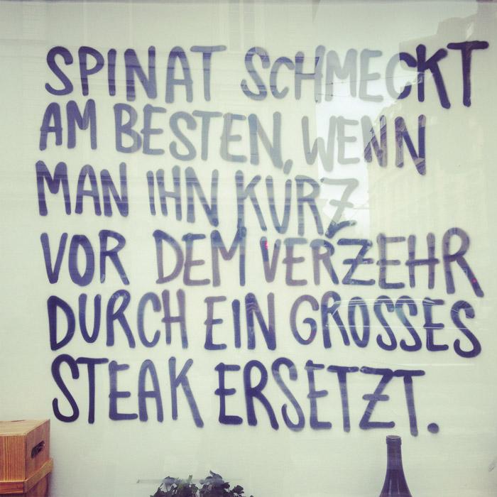 Spruch-Fleisch-Spinat