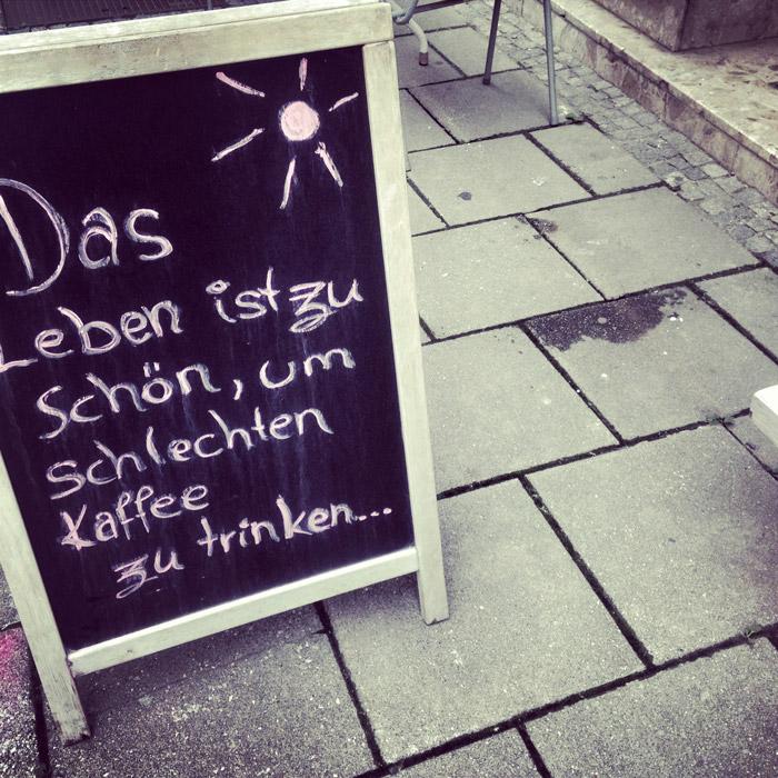 Zitat-Kaffee-trinken