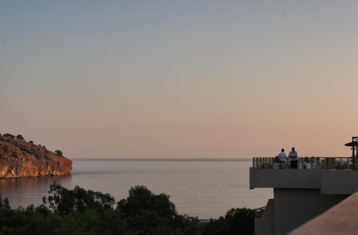 Club-Magic-Life-Sarigerme-Dachterrasse