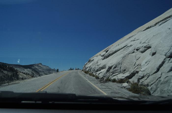 Road-Yosemite-National-Park