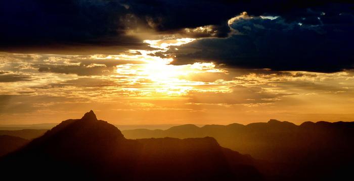 Grand-Canyon-Nationalpark-Sonnenuntergang