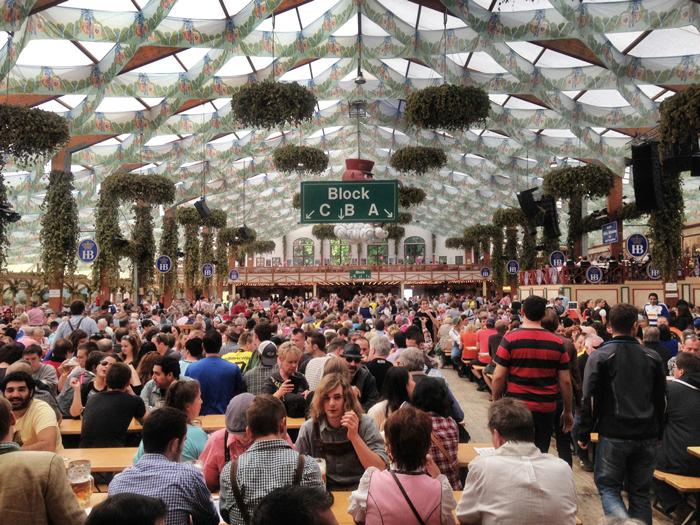 Zelt-Oktoberfest-günstig