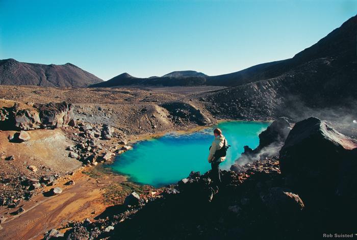 NZ_TB_G-Adventures_Tongariro-Crossing-scenery