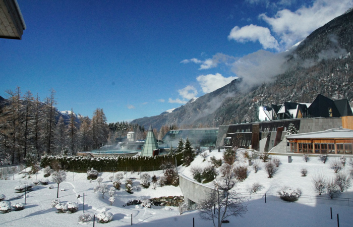 Schnee-Therme-Tirol