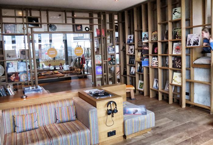 Vinylroom25hours-Hotel-Hamburg-Hafencity