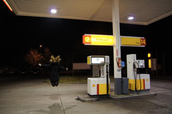 Springbild-Tankstelle