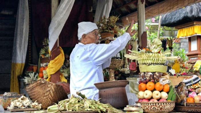 Bali-Tempel Opfergaben