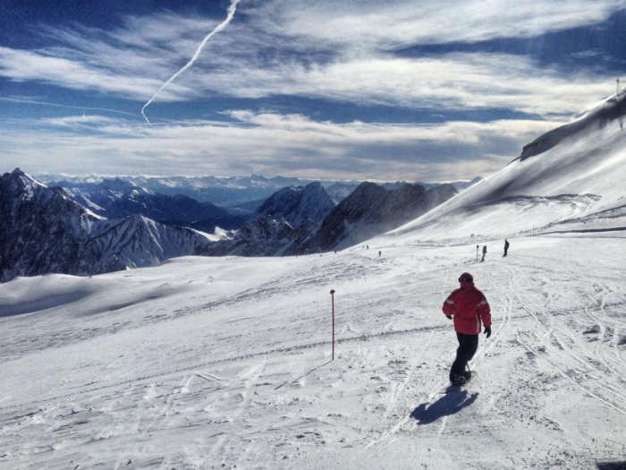 Skifahren auf der Zugspitze - Snowboarding