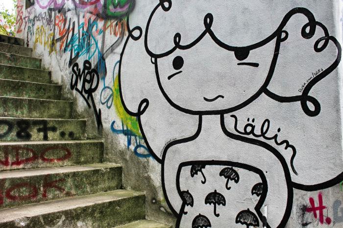 Mädchen Grafitti Teufelsberg