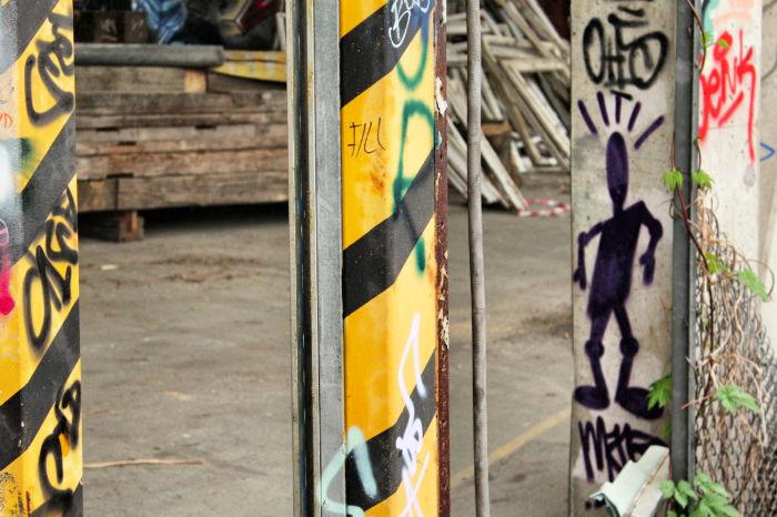 Teufelsberg Berlin Grafitti draußen
