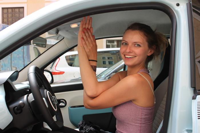 Der Neue Trend Auto Yoga Lilies Diary Der Reiseblog Fur