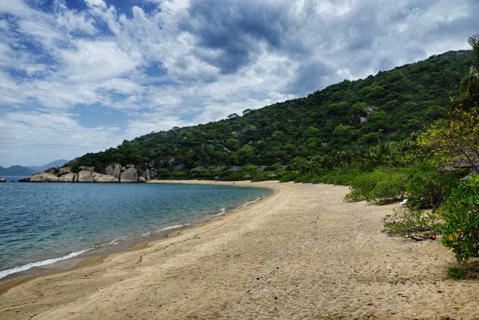 nin-van-bay-beach