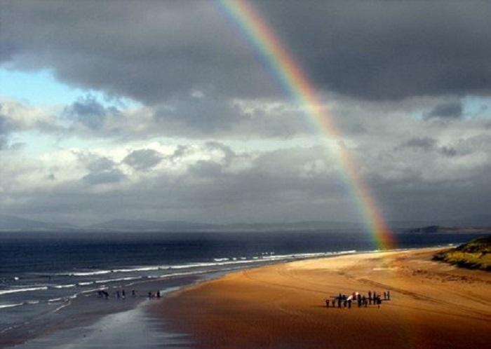 Regenbogen über Tullan Strand