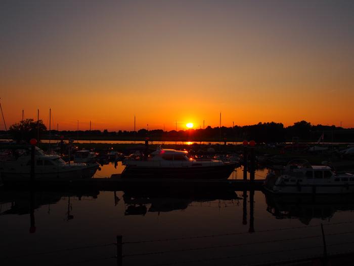 roermond-NU-Nautilus-Sonnenuntergang-4