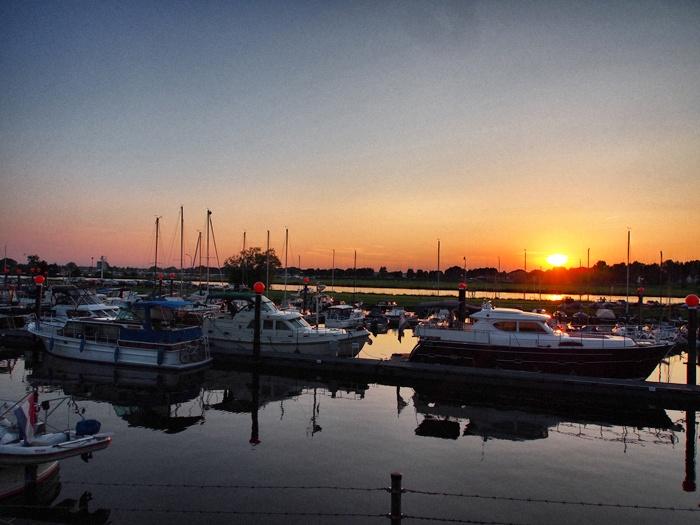roermond-NU-Nautilus-Sonnenuntergang
