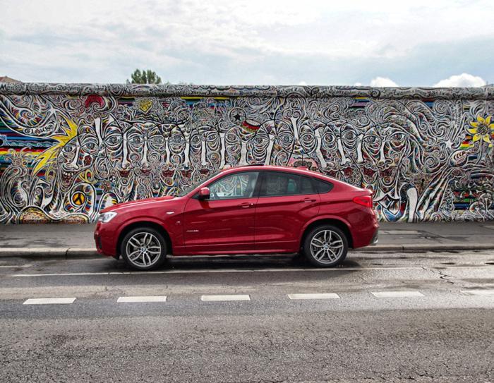 East-Side-Gallery-BMW-x4