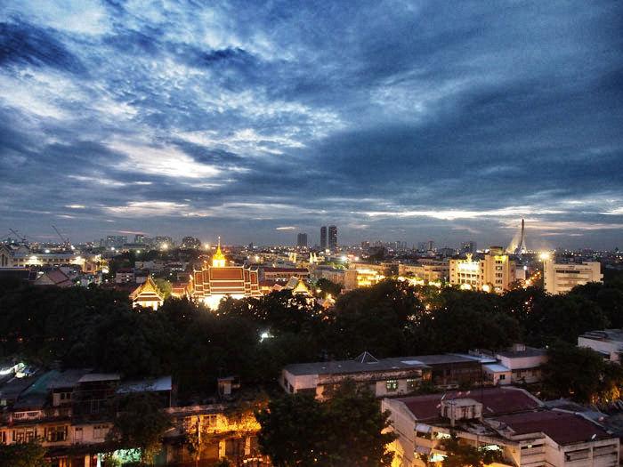 bangkok-goldenmountbynight