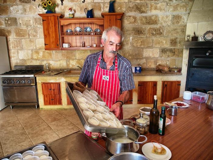 Ziegenbauer Malta 01