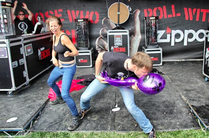 zippo-luftgitarrenfestival