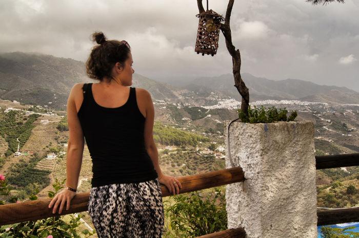 Anne Los Caracoles