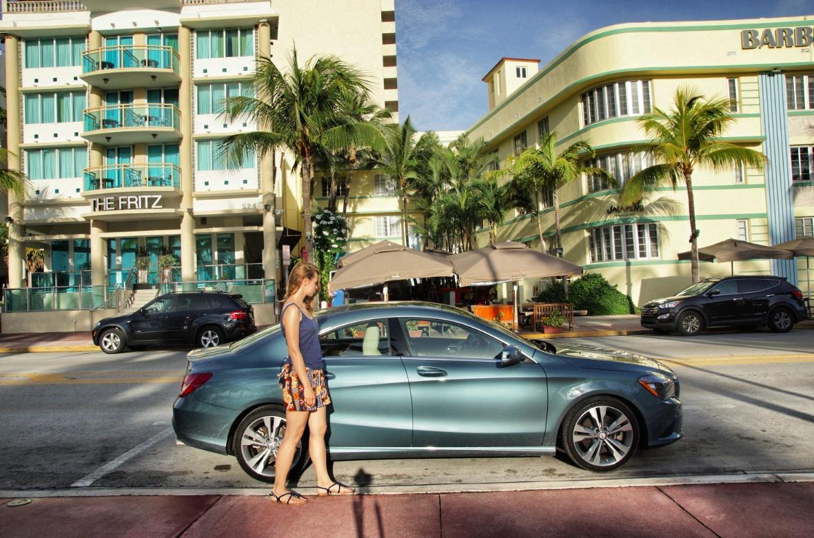 Mercedes-Benz-CLA-Auto
