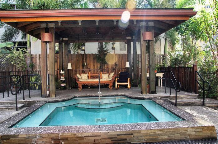 Pool-Cadet-Hotel-Miami
