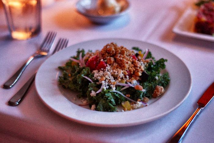 Salat-Red-Fish-Grill