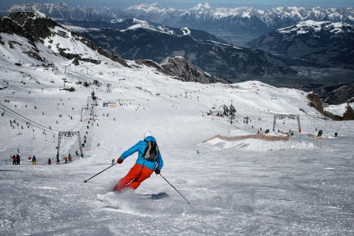 Snowboarden_am_Kitzsteinhorn_Abfahrt-w700