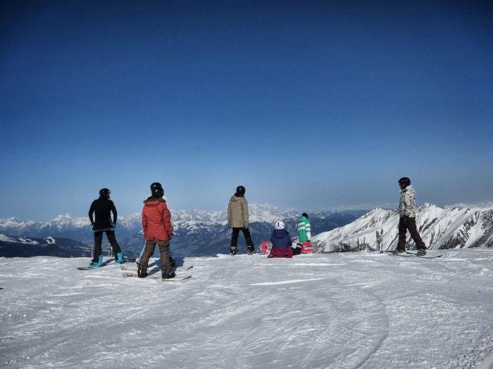 Snowboarden_am_Kitzsteinhorn_boarder-w700