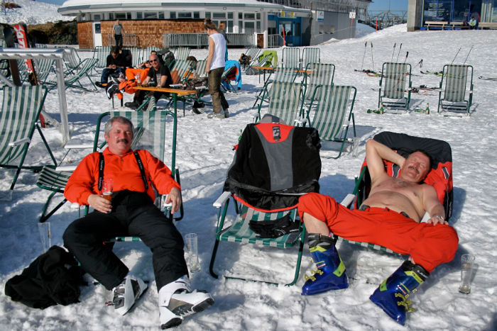 Snowboarden_am_Kitzsteinhorn_Männer-w700