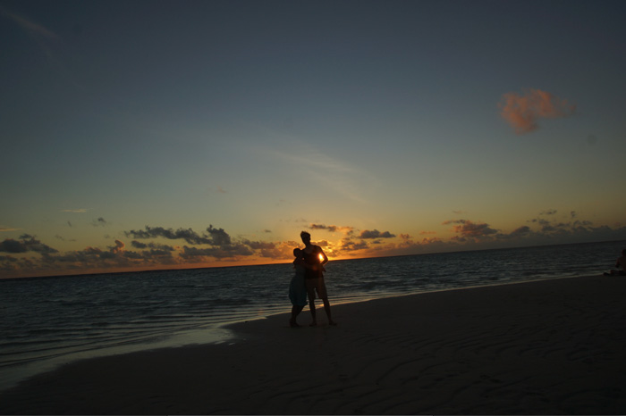 Meine_7_schönsten_Reiseziele_Malediven-Sonnenuntergang-Kuramathi